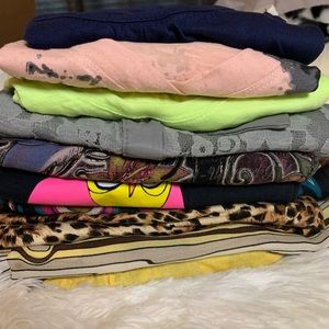 10 shirts bundle 🎉